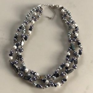 Jewelry - Triple strand beaded necklace